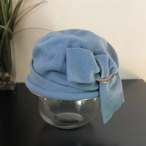 Parkhurst wool hat with buckle & bow twist